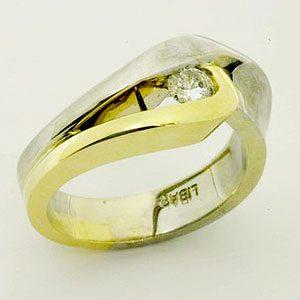 https://www.amajewellery.ca/wp-content/uploads/2017/05/Engagement-Ring-12-300x300.jpg