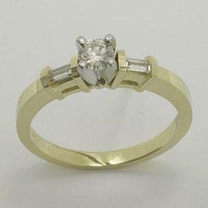 https://www.amajewellery.ca/wp-content/uploads/2017/05/Engagement-Ring-13-300x300.jpg