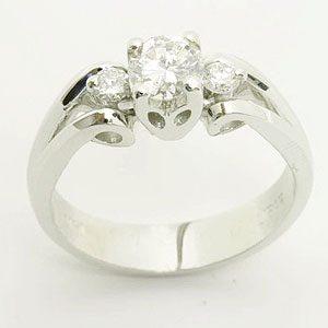 https://www.amajewellery.ca/wp-content/uploads/2017/05/Engagement-Ring-16-300x300.jpg