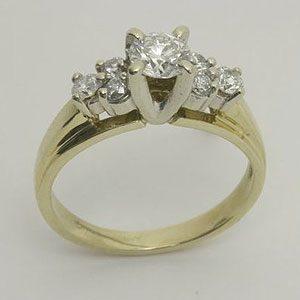 https://www.amajewellery.ca/wp-content/uploads/2017/05/Engagement-Ring-19-300x300.jpg
