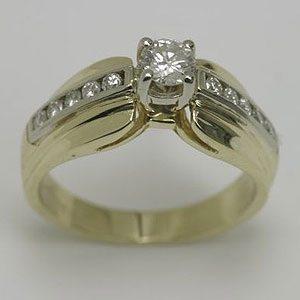 https://www.amajewellery.ca/wp-content/uploads/2017/05/Engagement-Ring-24-300x300.jpg
