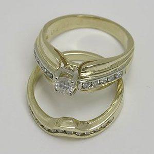 https://www.amajewellery.ca/wp-content/uploads/2017/05/Engagement-Ring-25-300x300.jpg