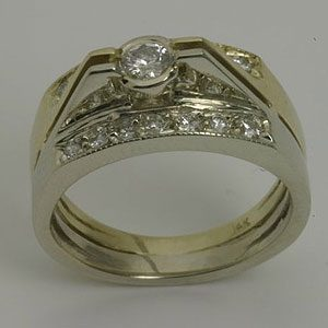 https://www.amajewellery.ca/wp-content/uploads/2017/05/Engagement-Ring-29-300x300.jpg
