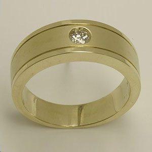 https://www.amajewellery.ca/wp-content/uploads/2017/05/Engagement-Ring-34-300x300.jpg
