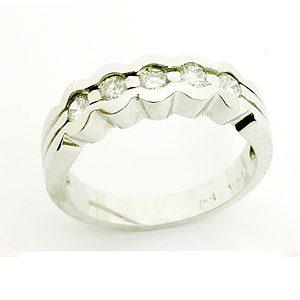 https://www.amajewellery.ca/wp-content/uploads/2017/05/Engagement-Ring-7-300x300.jpg