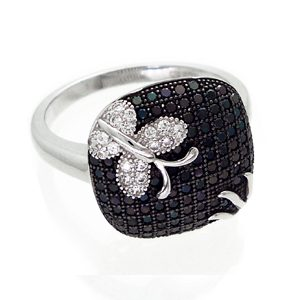https://www.amajewellery.ca/wp-content/uploads/2017/06/Silver-B-and-W-Square-Ring-300x300.jpg